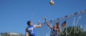 beachvolleyball 2017 momme wittmuess im angriff
